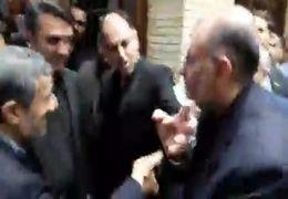 خوشامد گویی وحید حقانیان به محمود احمدی نژاد در مراسم پدرش