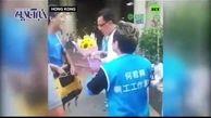 حمله به نماینده مجلس هنگ کنگ  با چاقو+ فیلم