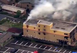 دهها کشته و زخمی در آتشسوزی عمدی در شرکتی در ژاپن+ فیلم
