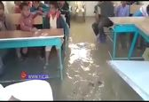 تصاویری دردناک از کلاس درس گل آلود دانش آموزان سیل زده بلوچستان+ فیلم