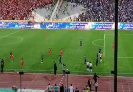 درگیری شدید بین بازیکنان استقلال و پرسپولیس + فیلم
