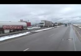 تصاویری از تصادف شدید در آزادراه قزوین - زنجان + فیلم